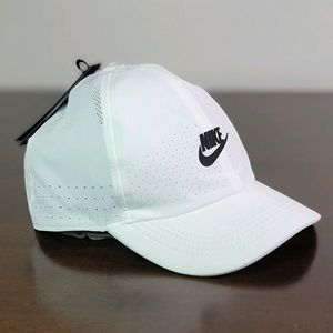 Nike Aerobill Heritage86 White Black Hat Cap Dry